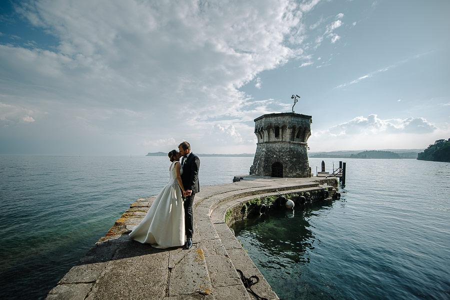 Matrimonio Country Chic Lago Di Garda : Qual È la location perfetta per il tuo abito?
